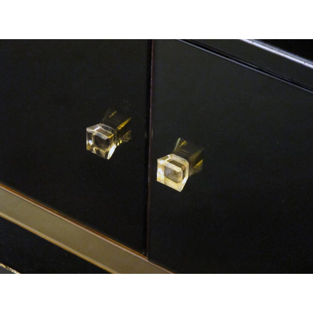 A sophisticated French 1940's bar with black glass and peach-colored mirrored border - Image 5 of 5