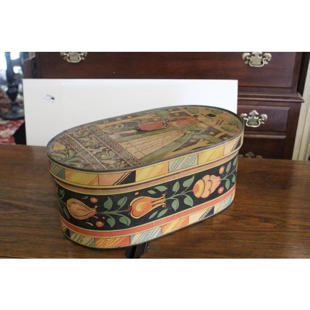20th Century Art Nouveau Band Hat Box For Sale - Image 4 of 9