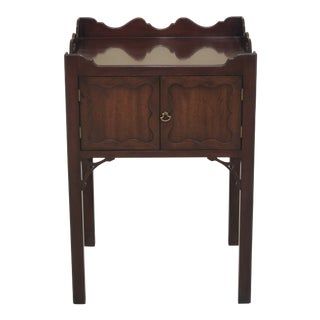 1960s Rococo Kittinger Colonial Williamsburg Commode Nightstand For Sale