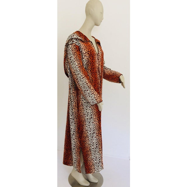 1970s Moroccan Hooded Caftan Animal Print Djellabah Kaftan For Sale - Image 12 of 12