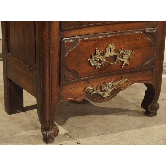 18th Century Walnut and Oak Chiffonier Chest of Drawers from France For Sale In Dallas - Image 6 of 11