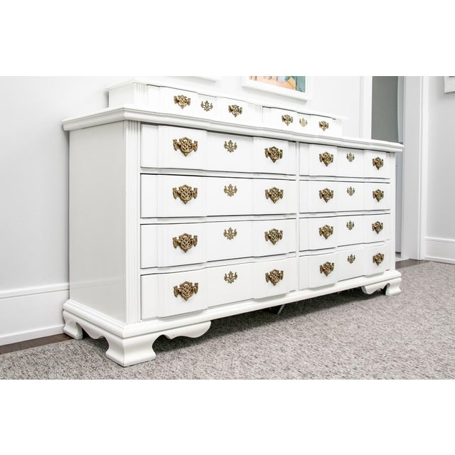 Chinoiserie 20th Century Superb Chippendale Pagoda Style Dresser For Sale - Image 3 of 11