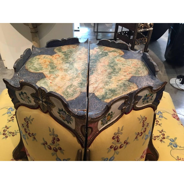 Early 19th Century Exceedingly Rare Pair of Upholstered and Handpainted Sicilian Late 18th Century For Sale - Image 5 of 8