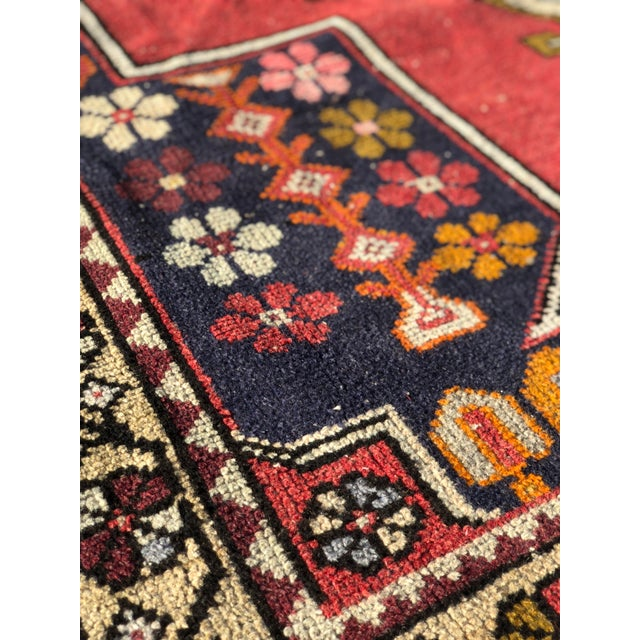 1950s 1950s Vintage Turkish Rug - 4′6″ × 9′ For Sale - Image 5 of 13