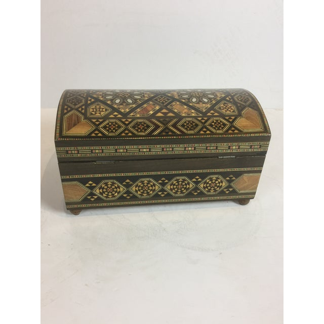 This is a beautiful hand-crafted inlaid wood Moorish jewelry box. In great condition and shape .It's made with geometric...