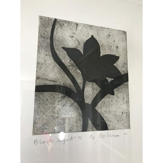 Modern Matching Flower Prints - A Pair - Image 5 of 7