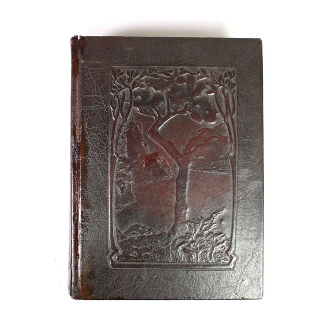"American Antique Edwardian Mahogany Leather-Bound Books Titled: ""Little Journeys. Memorial Edition,"" From 1916 - Set of 14 For Sale - Image 3 of 8"