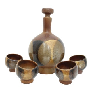 Robert Maxwell Craft Moon Retro Stoneware Wine Decanter & Cups - Set of 5 For Sale