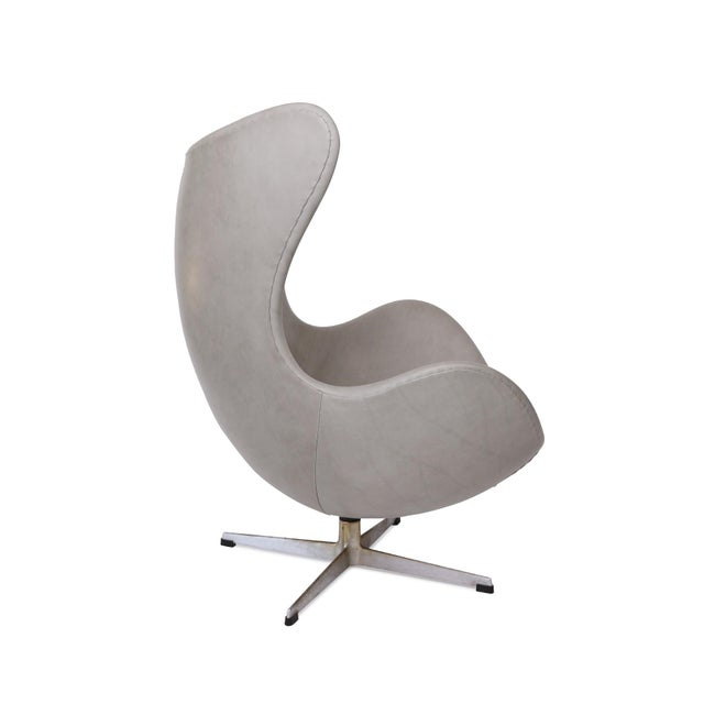 Arne Jacobsen for Fritz Hansen egg chair and ottoman circa late 1960's. This stunning example has been newly upholstered...