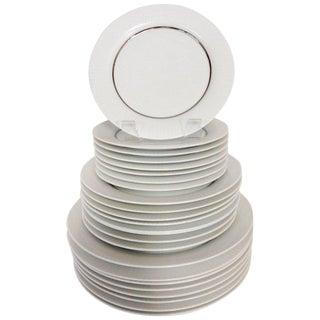 "1960's Porcelain Dinnerware ""Modulation"", Tappio Wikalla for Rosenthal - Set of 24 For Sale"