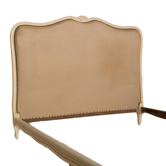 1950s 1950s Louis XV Style Queen Size Painted Bedframe With Curved Footboard For Sale - Image 5 of 8