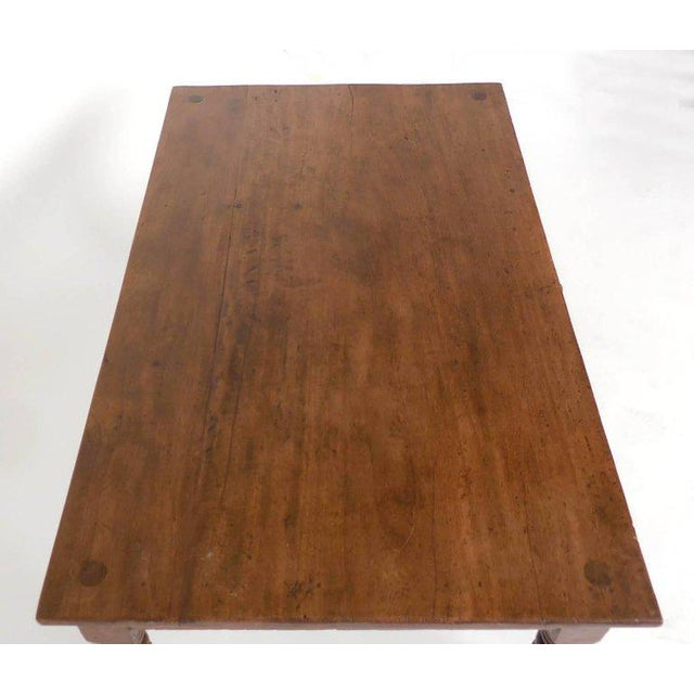Early 20th Century Antique Guatemalan Wooden Coffee Table With Turned Legs For Sale - Image 5 of 9