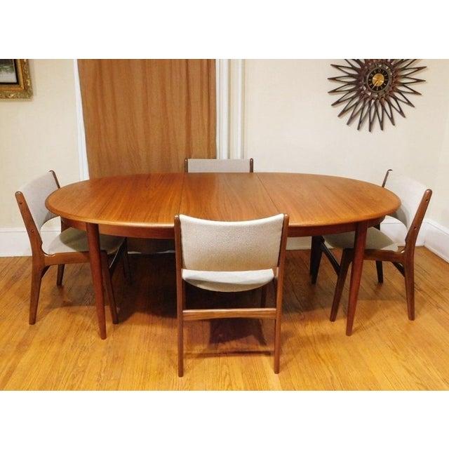 Danish Modern Mid-Century Modern Gudme Mobelfabrik Danish Teak Dining Table & 4 Chairs For Sale - Image 3 of 6