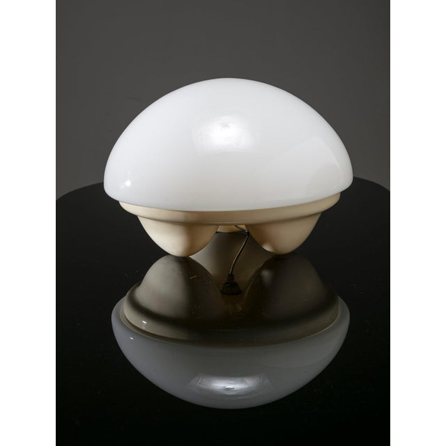 "Modern ""Isotta"" Table Lamp by E. Gentile for Sormani For Sale - Image 3 of 5"