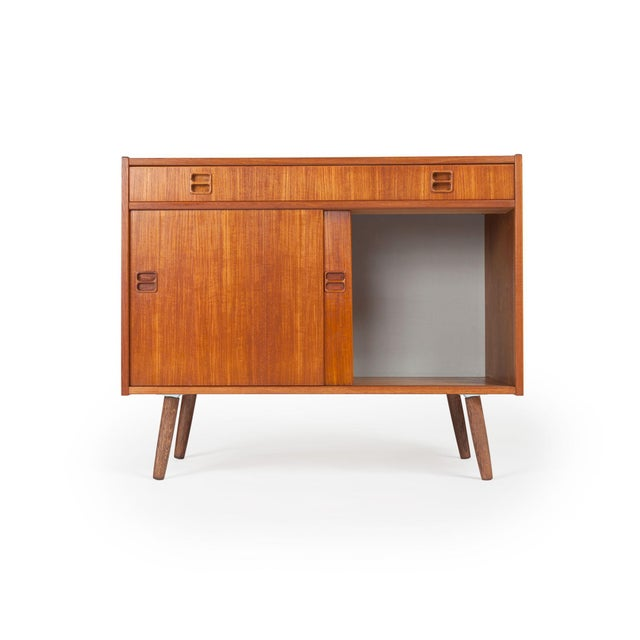 detailed look f110e c70c9 Small Danish Modern Midcentury Teak Credenza / Media Cabinet