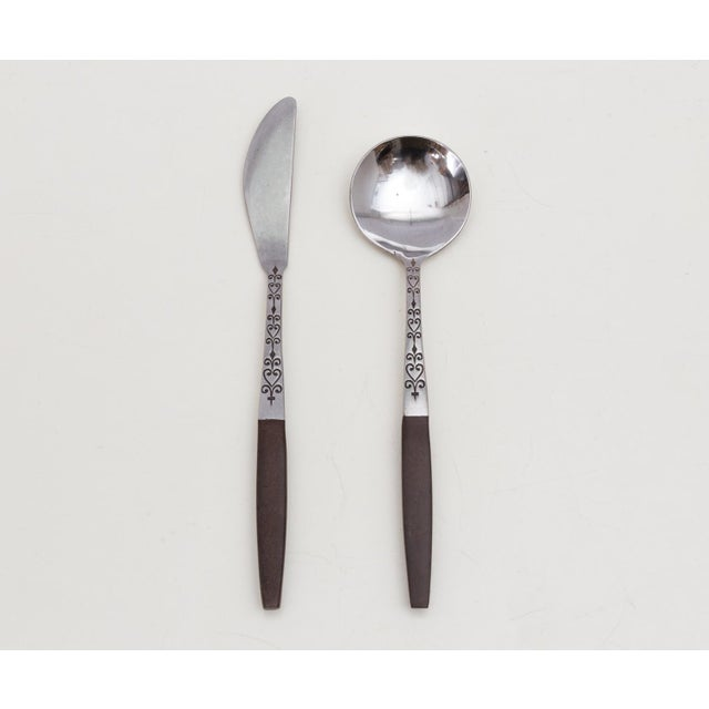 Mid 20th Century Midcentury Modern Interpur Stainless Flatware Set 6 Place Settings, 32 Pieces For Sale - Image 5 of 7