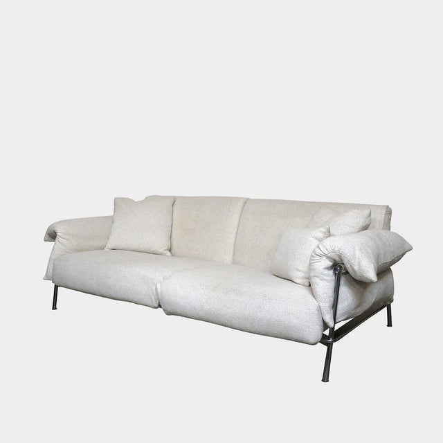 RETAIL VALUE: $10,609 Depadova 'Chat 12' Sofa by Carlo Colombo This 'Chat 12' sofa with textured ivory colored fabric...