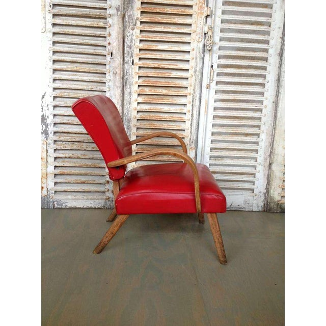 American 1950s Red Vinyl Armchair - Image 4 of 8
