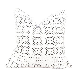 Star Burst Ivory Mudcloth Pillow For Sale