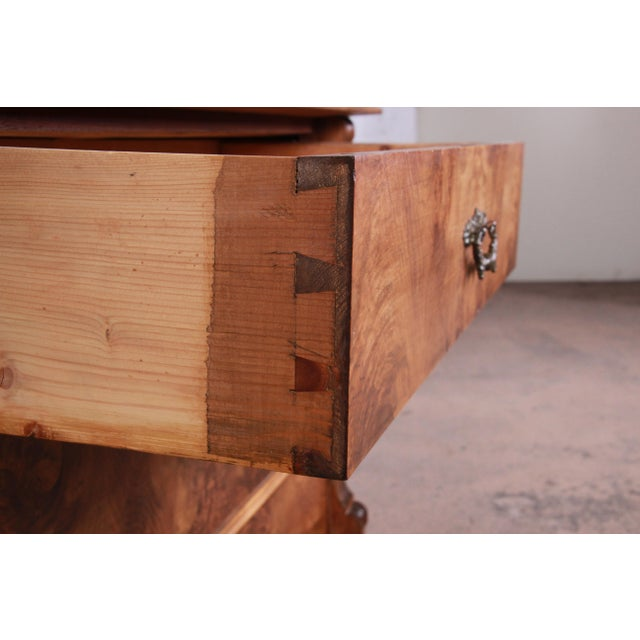 19th Century Continental Burled Walnut Three-Drawer Bachelor Chest For Sale - Image 9 of 13