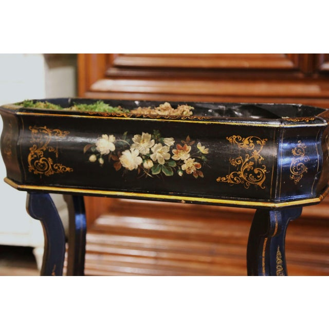 Wood 19th Century French Napoleon III Painted Plant Stand With Floral Motifs For Sale - Image 7 of 11