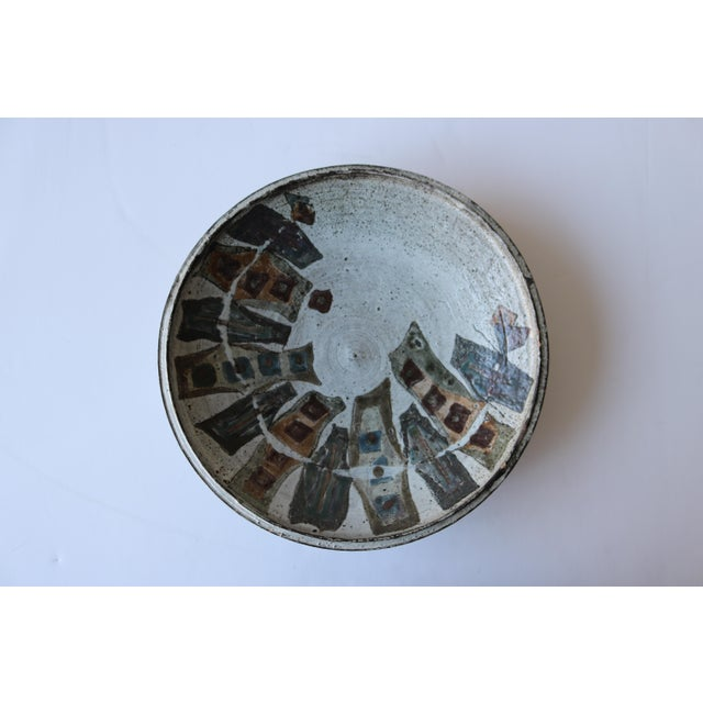 Graphic Studio Pottery Ceramic Charger - Image 2 of 4