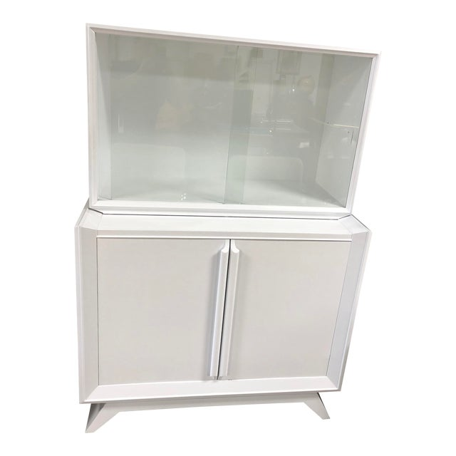 1950s Contemporary White Lacquered China Cabinet For Sale
