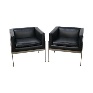 Knoll Chrome Black Leather Lounge Chairs - A Pair For Sale