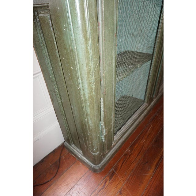 19th Century French Chicken Wire Painted Bookcase For Sale In New Orleans - Image 6 of 12
