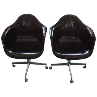 Mid-Century Black Fiberglass Shell Swivel Chairs - a Pair For Sale