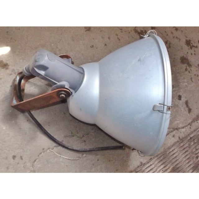 Industrial Wall Mounted Flood Light - Image 3 of 6