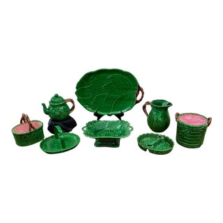 Vintage Bordallo Pinheiro Style Green Leaf Serving Set - Set of 8 For Sale