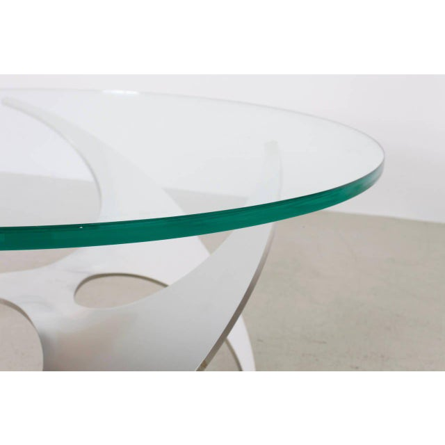 Mid-Century Modern Aluminum and Glass Propeller Coffee Table by Knut Hesterberg for Ronald Schmitt For Sale - Image 3 of 7