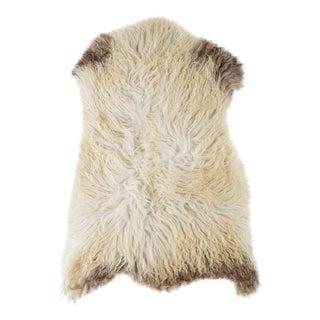 "Contemporary Handmade Wool Sheepskin Pelt - 2'2""x3'2"" For Sale"