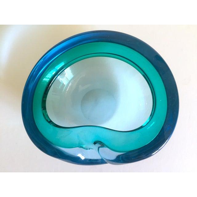 Vintage Mid Century Modern Rare Flavio Poli Seguso Vetri D' Arte Murano Art Glass Sommerso Bowl Ashtray For Sale In Kansas City - Image 6 of 13
