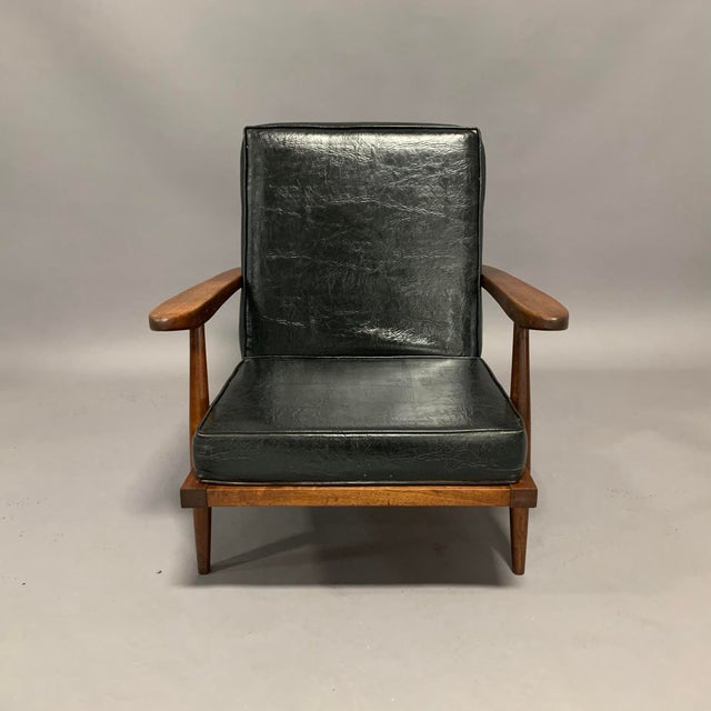 PAIR OF LOUNGE ARMCHAIRS (2) Circa late 1950s / early 1960s, made by George Nakashima (1905-1990), New Hope, Pennsylvania....