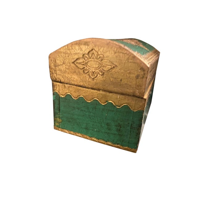 Early 20th Century Italian Florentine Domed Top Box For Sale - Image 4 of 9