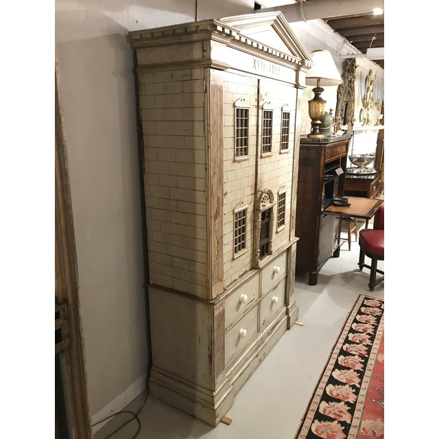 Large Georgian Style Armoire by j.r. Teale and Son For Sale - Image 4 of 6