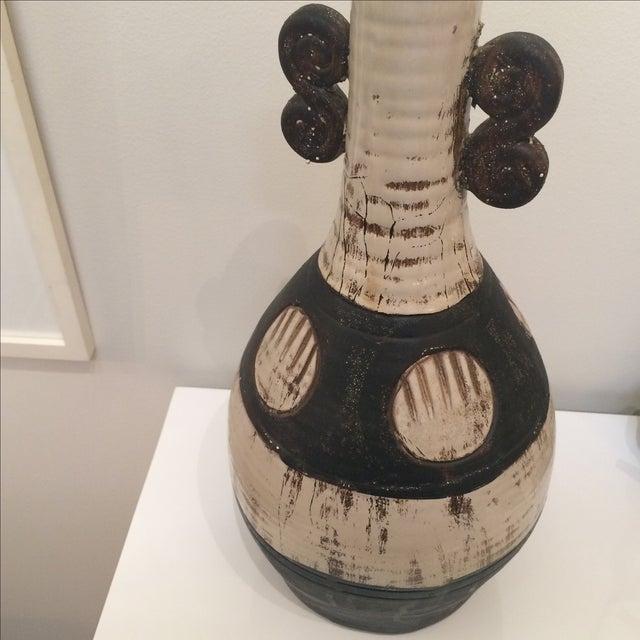 Mid Century Brown & Cream Ceramic Vase - Image 3 of 7