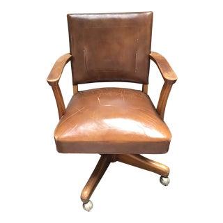 Mid Century 1956 Gunlocke Walnut Swivel Chair For Sale