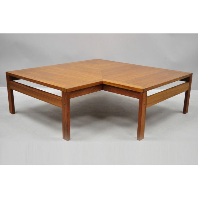 1960s Mid-Century Modern Ole Gjerlov-Knudsen & Torben Lind Moduline France & Son Corner Teak Coffee Table For Sale - Image 11 of 13