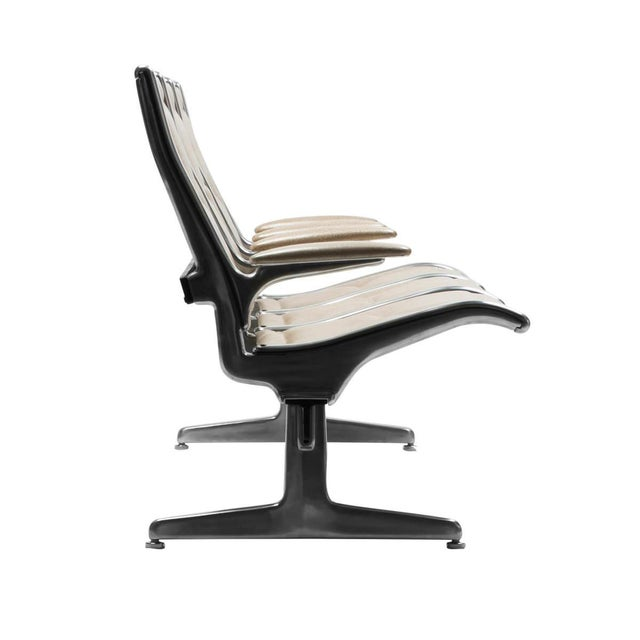 Mid-Century Modern Eames for Herman Miller Tandem Sling Airport Bench For Sale - Image 3 of 4