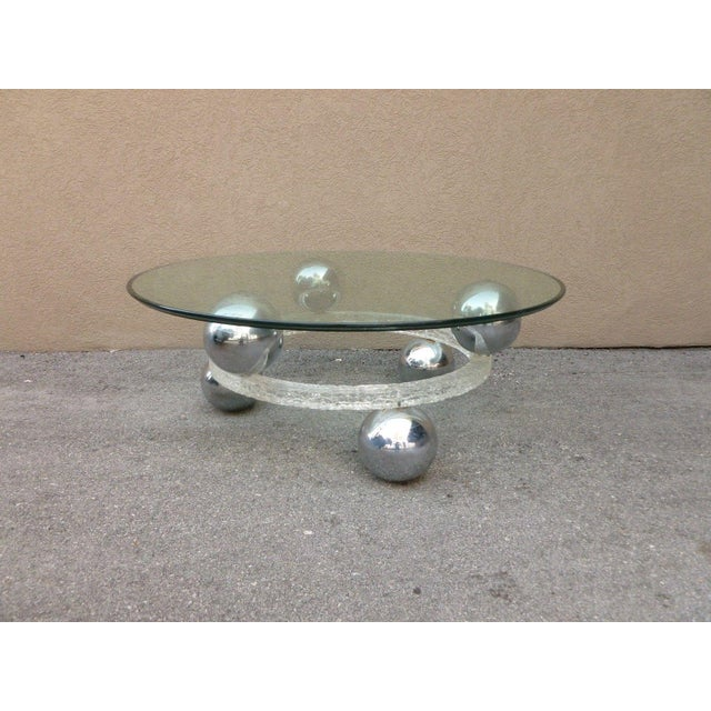 Transparent 70's Round Cracked Ice Lucite and Spaced Chrome Balls Coffee Table For Sale - Image 8 of 9