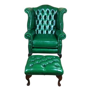 Vintage 20th Century English Traditional Green Leather Chesterfield Wingback Chair and Foot Stool For Sale