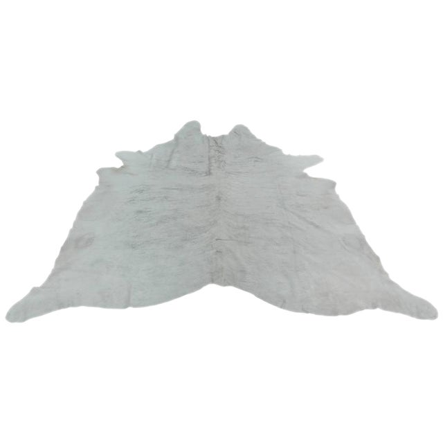 "Contemporary Gray Cowhide Rug - 5'9"" x 7'5"" For Sale"