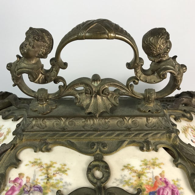 Victorian KPM Porcelain & Gilded Bronze Jewelry Box For Sale In Miami - Image 6 of 11