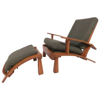 Herman DeVries for Cushman Furniture Morris Chair and Ottoman, Circa 1930s For Sale