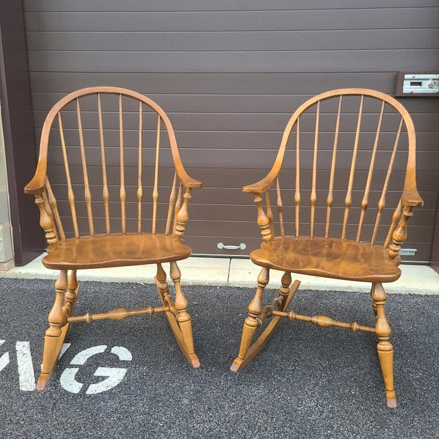 Ethan Allen Circa 1776 Solid Maple Bowback Windsor Rocking Chairs - a Pair For Sale - Image 13 of 13