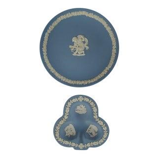 Vintage Wedgwood Decorative Plates - A Pair For Sale