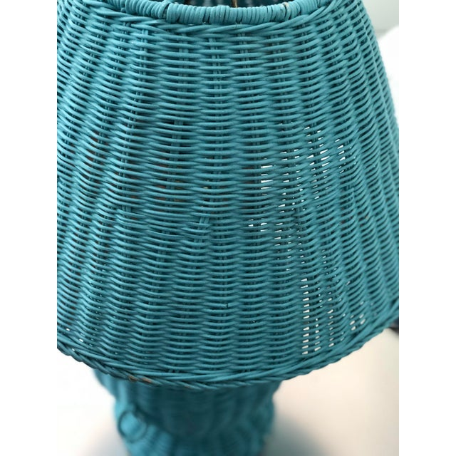 Wicker Blue Wicker Urn Lamp and Shade For Sale - Image 7 of 9
